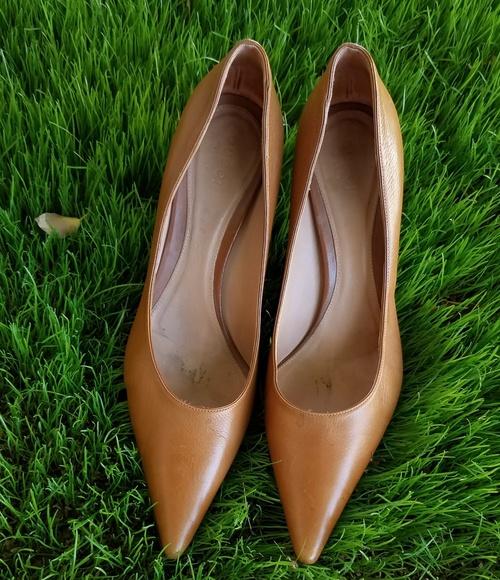 b12cb96563d Gucci Shoes - Last 10 min SALE Black FRIDAY SALE Gucci Heels